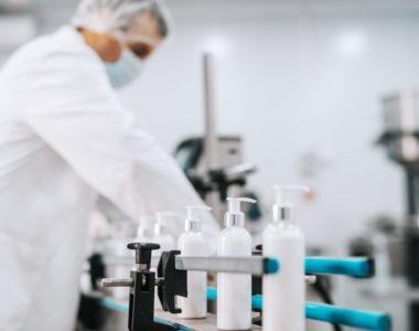 Jakie korzyści dla klienta płyną z produkcji kontraktowej?